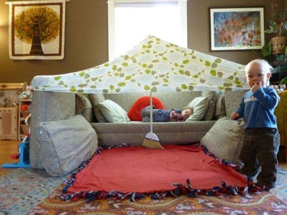 Confira 10 dicas para as crianças se divertirem em casa ou no condomínio nestas férias