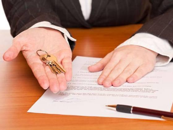 Confira o que deve haver em seu contrato na hora de alugar um imóvel