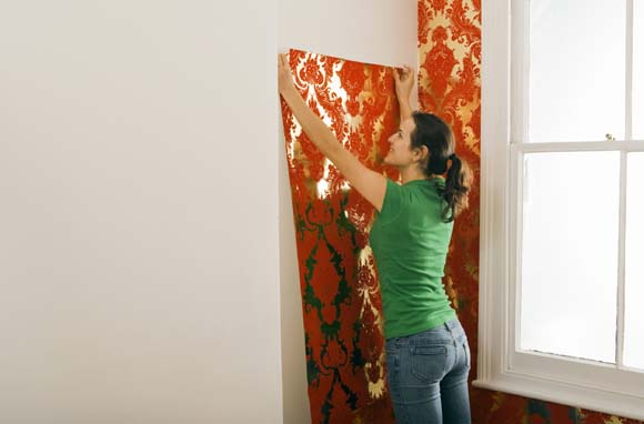 hanging prepasted wallpaper