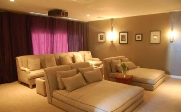 Charlize theron vende casa por quase us 800 mil a menos - Sala cinema in casa ...