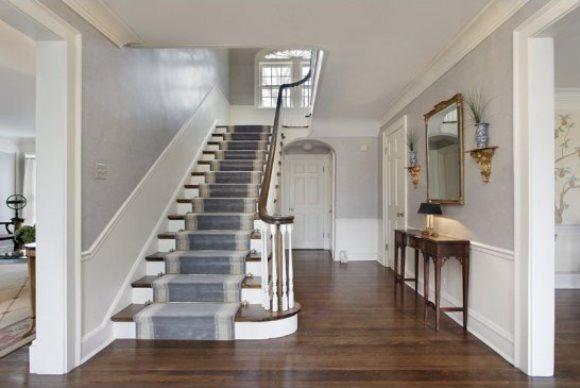 Conhe a por dentro a casa de esqueceram de mim zap em casa Inside staircase in houses