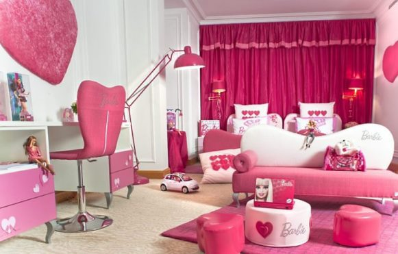 cor de rosa e detalhes suaves d o o tom ao quarto da barbie zap em casa. Black Bedroom Furniture Sets. Home Design Ideas