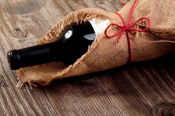 Vinhos podem presentear homens e mulheres (Foto: Thinkstock)