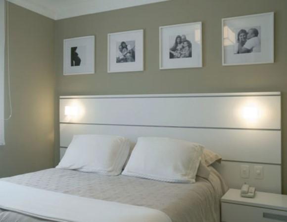 Como Decorar Quarto Simples De Casal ~ Para o quarto do casal, a dica ? fazer um painel e adesiv? lo com