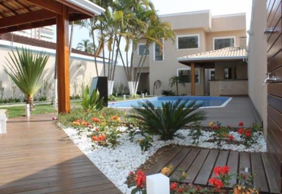 quintal jardim decoracao:Area Gourmet No Fundo Do Quintal
