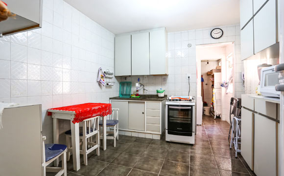 Renove o visual da sua cozinha gastando 10 X R$ 75 Assista ao vídeo