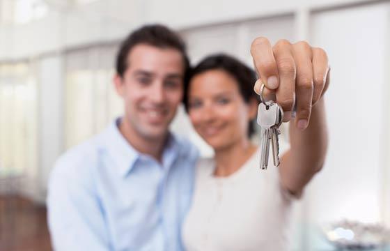 Lista básica de coisas a fazer após a entrega das chaves pode surpreender os proprietários do primeiro imóvel (Fotos: Shutterstock)