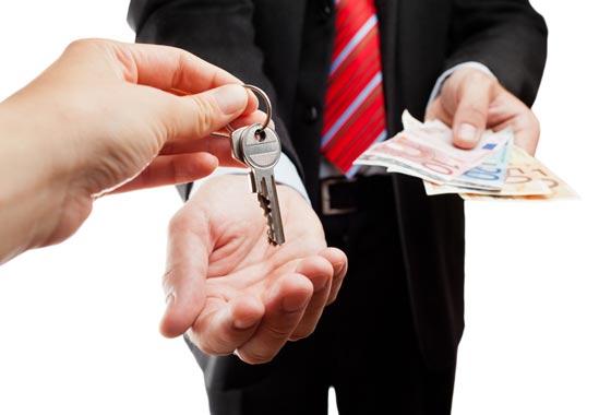- Observe os valores condominiais. Um imóvel relativamente barato pode ter um alto condomínio