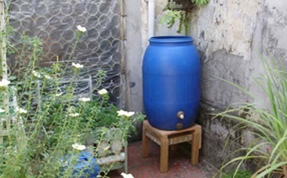 Mini cisterna não ocupa muito espaço (Fotos: Edison Urbano)