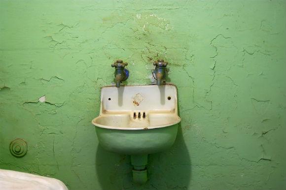 Tinta do banheiro deve ser bem escolhida porque recebe muita umidade