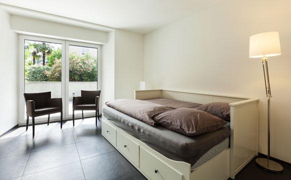 Um quarto de hóspedes é uma boa ideia para criar um novo ambiente no seu apartamento (Foto: Shutterstock)
