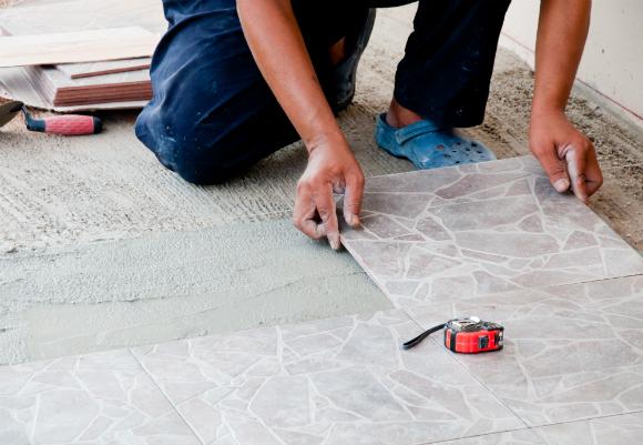 Confira a embalagem para se certificar sobre a qualidade do piso