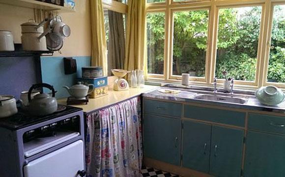 A cozinha de Lennon era um pouco mais equipada em comparação com a de McCartney