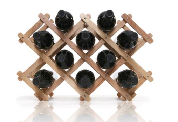 adega de madeira para 10 garrafas é uma opção vendida em lojas da decoração (Foto: Shutterstock)