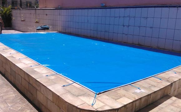 piscina com lona