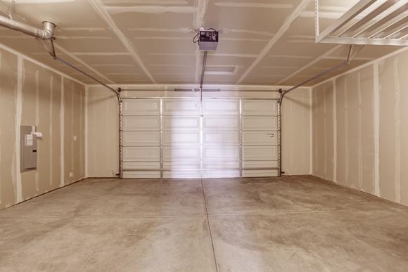 Há muitas opções de materiais que podem ser usados no piso da garagem (Foto: Shutterstock)