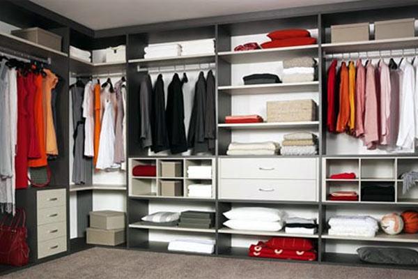 Closet é uma boa ideia para um casal (Foto: Shutterstock)