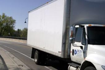 Verifique se a empresa tem caminhão próprio